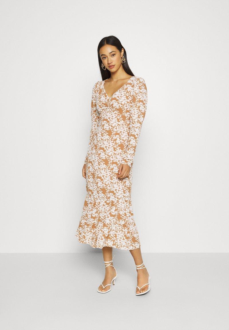 Fashion Union - Denní šaty - multi