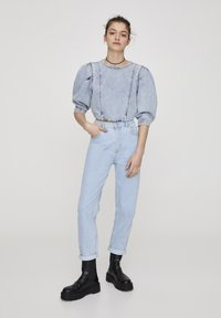 PULL&BEAR - Jeansy Straight Leg - light blue - 1