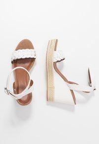 Anna Field - Korolliset sandaalit - white - 3