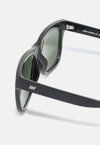 Le Specs - HIGH HOPES - Zonnebril - matte black - 2