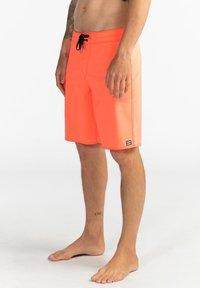 Billabong - ALL DAY PRO - PERFORMANCE  - Shorts da mare - neo orange - 3