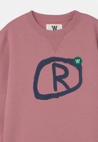 Wood Wood - ROD UNISEX - Sweatshirt - rose - 2