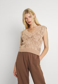 Free People - POINTELLE VEST - Sweter - soft earth - 0