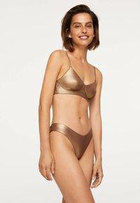 OYSHO - Bikinibroekje - gold - 2