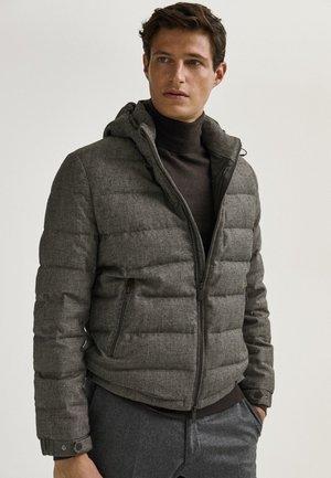 MIT HAHNENTRITTMUSTER  - Gewatteerde jas - grey