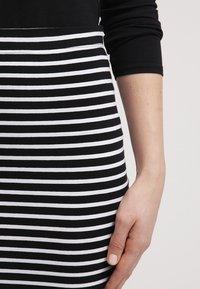 Zalando Essentials - Falda de tubo - black/white - 4