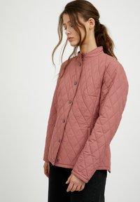 Finn Flare - Light jacket - dark pink - 3