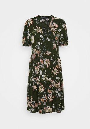 ONLNOVA LIFE THEA DRESS - Kjole - ponderosa pine/blosson green