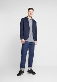 Only & Sons - ONSMARK - Sako - night sky - 1
