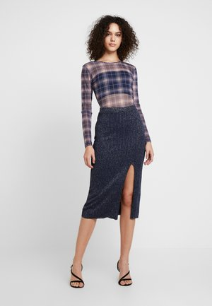 GERALDINE BODY - Long sleeved top - rosa/blau