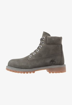 ICONIC CLASSICS 6 INCH PREMIUM WP BOOT - Lace-up ankle boots - coal