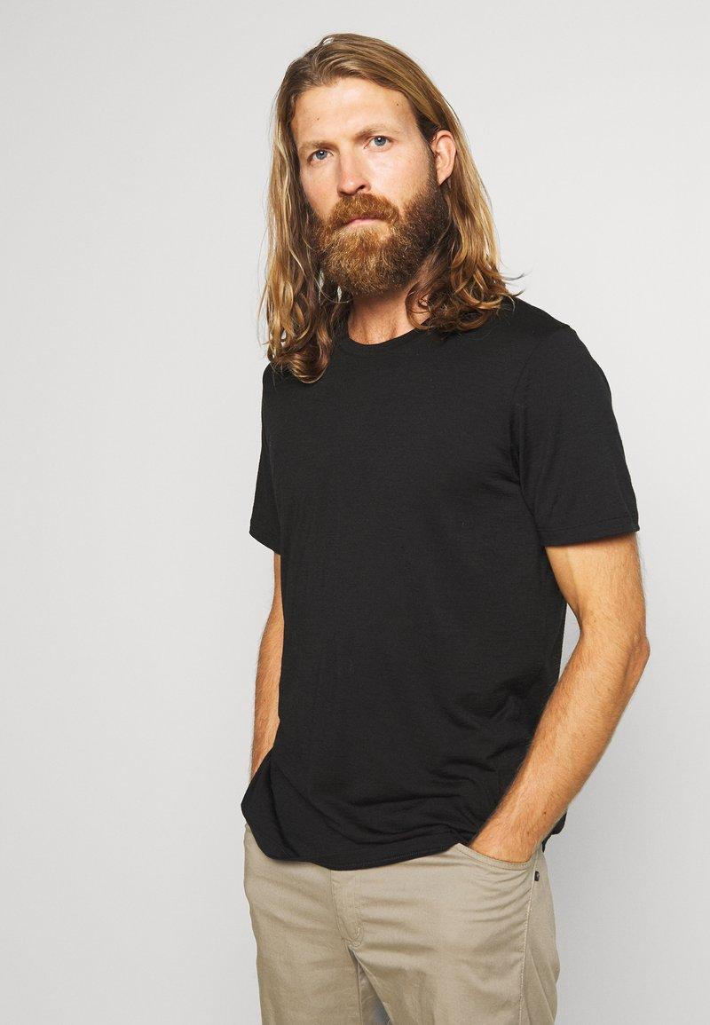 Icebreaker - TECH LITE CREWE - T-shirt basic - black
