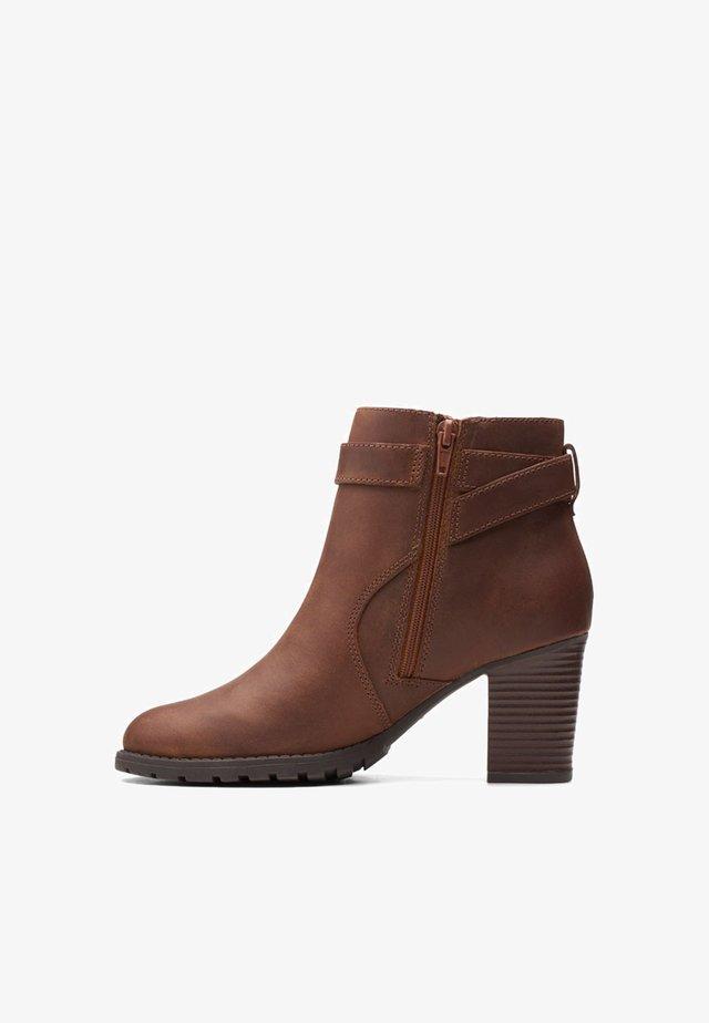 VERONA LARK - Ankle boots - dark tan
