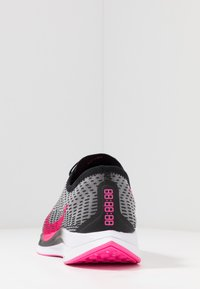 Nike Performance - ZOOM PEGASUS TURBO 2 - Neutrala löparskor - black/pink blast/atmosphere grey/white - 3