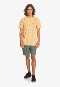Quiksilver - Print T-shirt - fall leaf - 1