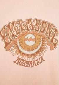 Billabong - SUNNY WAVE - Sweatshirt - peachy daze - 2