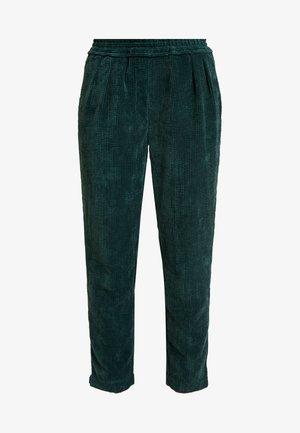 VALKA PANTS - Pantalon classique - ponderosa green