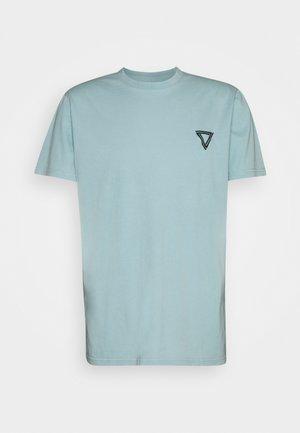 RELAXED FLAG TEE UNISEX - Basic T-shirt - green