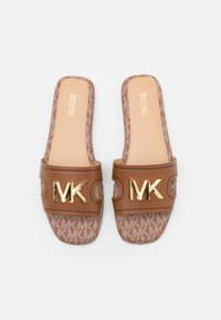 MICHAEL Michael Kors - KIPPY SLIDE - Sandaler - luggage - 4