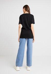 Merchcode - LADIES WORD TEE - T-shirt imprimé - black - 2