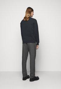 YMC You Must Create - SCHRANK RAGLAN - Sweatshirt - black - 2