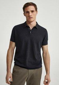 Massimo Dutti - Polo shirt - blue-black denim - 0
