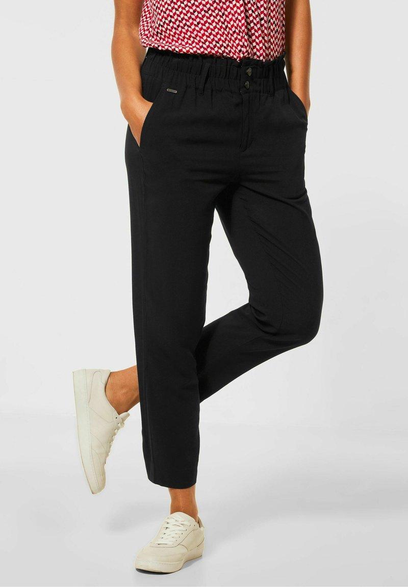 Street One - LOOSE FIT  - Trousers - schwarz