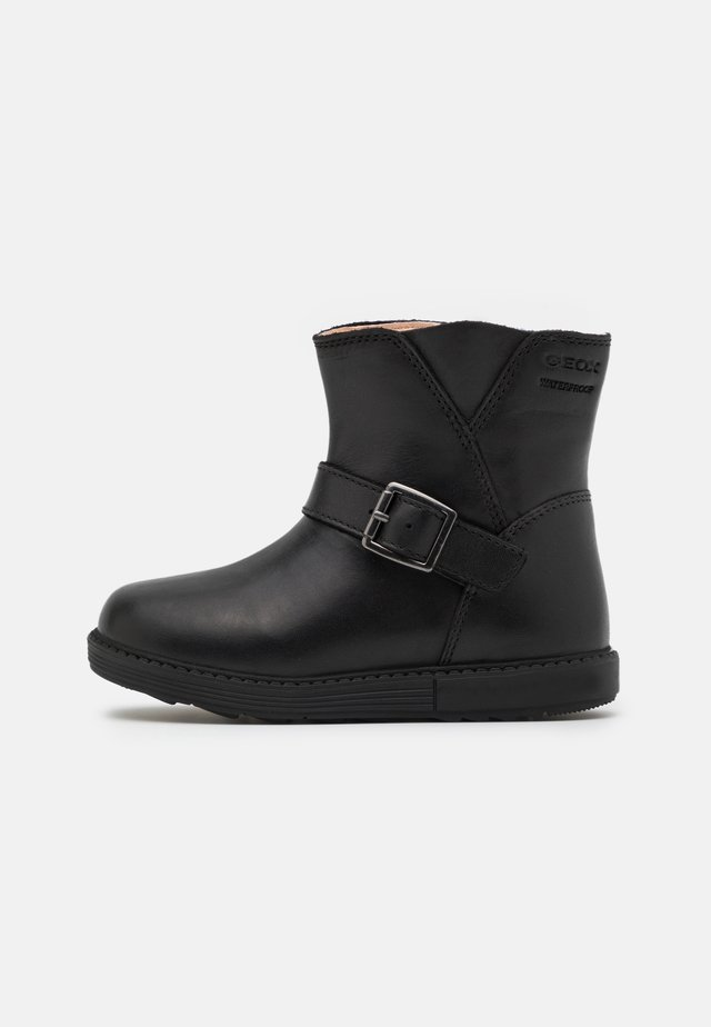 HYNDE GIRL WPF - Classic ankle boots - black
