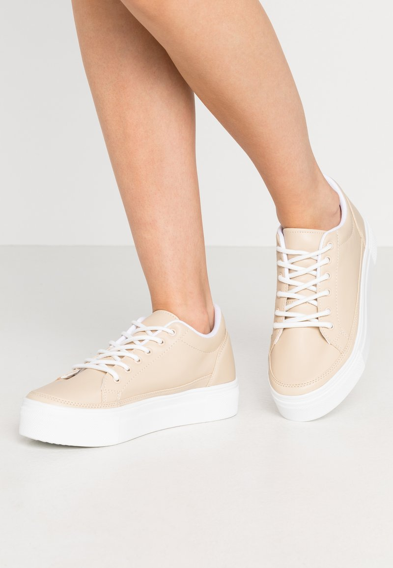Nly by Nelly - PERFECT PLATFORM - Trainers - creme