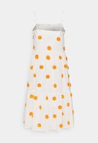 Milly - DUSTINA POM POM DRESS - Day dress - white/tangerine - 1