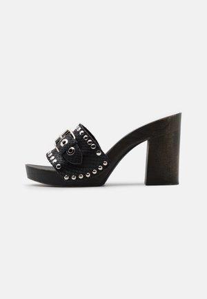 EWINGS - Clogs - black