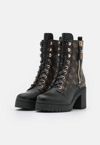 Guess - CABRA - Šněrovací kotníkové boty - brown/ocra - 2