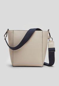s.Oliver - Across body bag - beige - 3