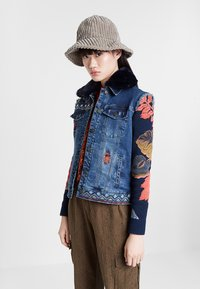Desigual - CHAQ_EXOTIC KEELER - Denim jacket - blue - 1