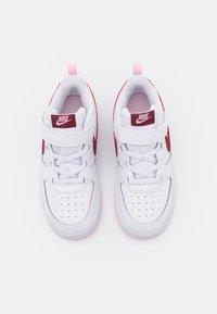 Nike Sportswear - COURT BOROUGH 2  - Baskets basses - white/dark beetroot - 3