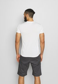 Houdini - BIG UP TEE - T-shirt basic - powderday white - 2