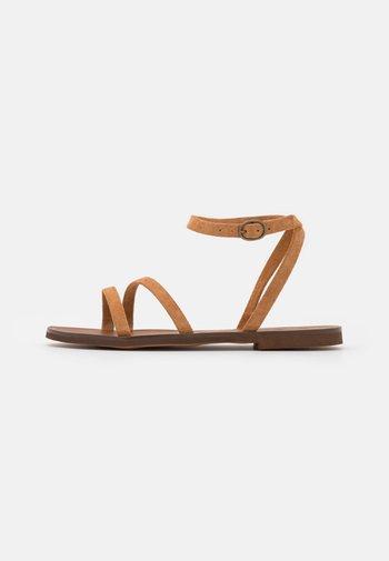 Sandals - camel