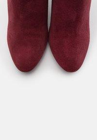 River Island - Kotníková obuv na vysokém podpatku - red dark - 5