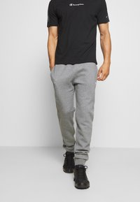 Champion - LEGACY CUFF PANTS - Tracksuit bottoms - mottled light grey - 0