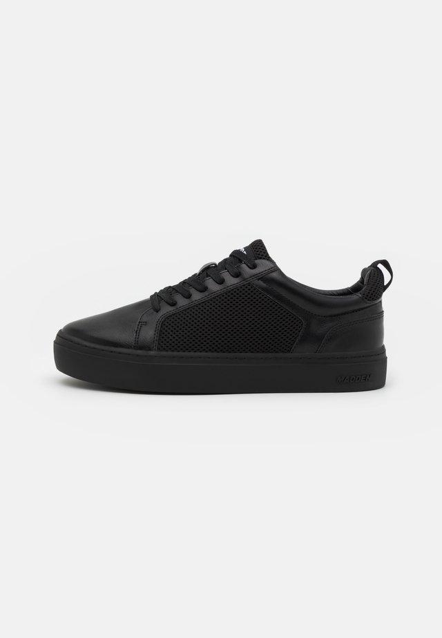AVVIDA - Sneakers laag - black