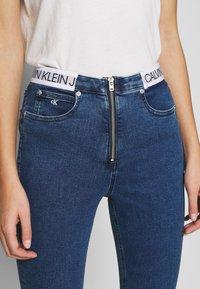 Calvin Klein Jeans - HIGH RISE SUPER SKINNY - Jeans Skinny Fit - dark blue - 3