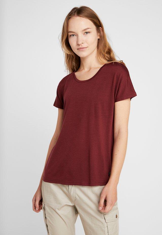 OSLO TEE - Basic T-shirt - zinfandel red