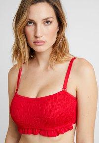 Pour Moi - FREE SPIRIT STRAPLESS STRAPS  - Bikini top - red - 5