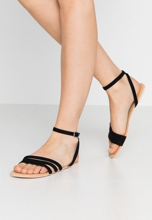 TRIPPLE TOE STRAP - Sandals - black