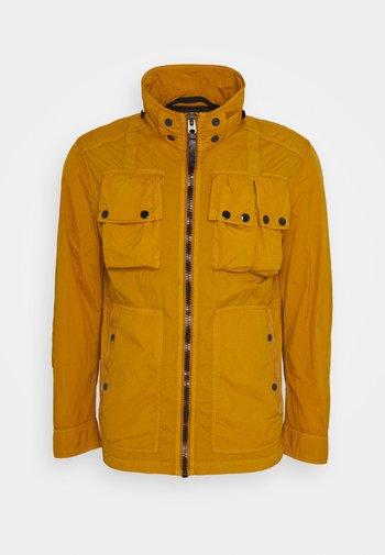 OSPAK HDD OVERSHIRT L/S - Summer jacket - gold