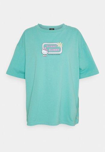 SUNNY BUNNY TEE - Print T-shirt - turquoise