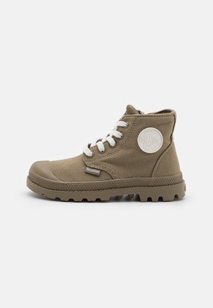 PAMPA MONO UNISEX - Šněrovací kotníkové boty - dusky green