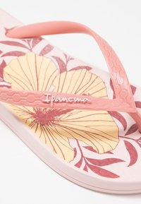 Ipanema - ANAT TEMAS - Pool shoes - pink/beige - 2