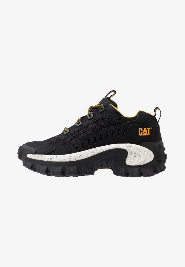 INTRUDER - Sneakersy niskie - black