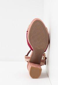 XTI - Sandalen met hoge hak - nude - 6